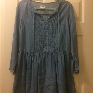 Old Navy Denim Pheasant Dress